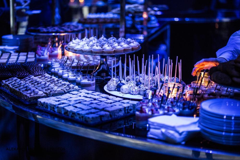 Copieux bar à dessert pour les invités