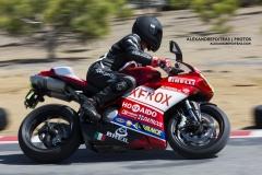 Moto Ducati 1098S sur le circuit Mecaglisse Québec